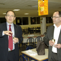 5 - AG 2013 APERO M. BAILLY Directeur, M. MARTIN Pdt Amicale
